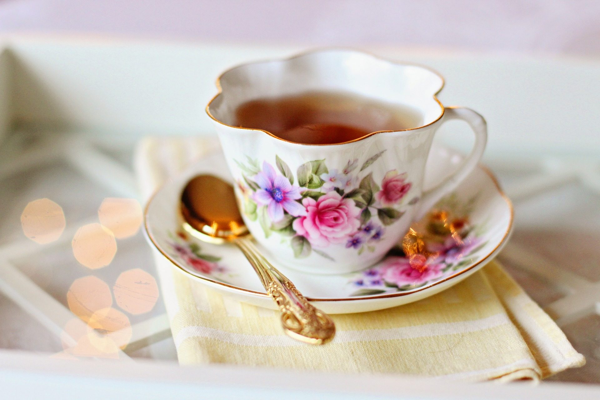 Tea consumption is associated with controlling gene expression